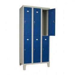 3 split door locker