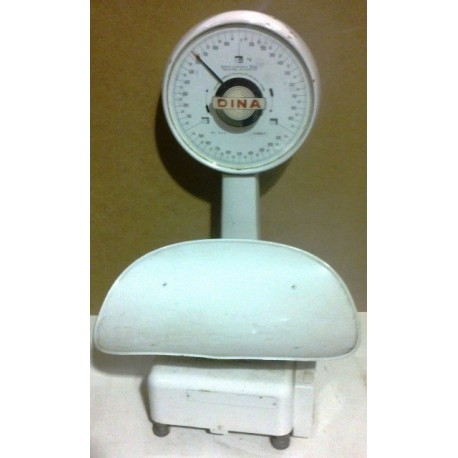 Babies weighing scales